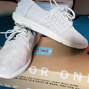 Tom's Sneakers - Women's